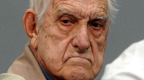 Reynaldo Bignone: El ultimo dictador.