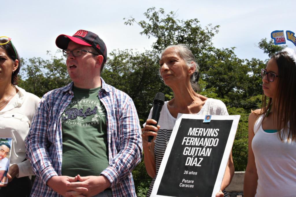 Abuela de Mervins Guitian exigió justicia para todos los afectados por violaciones de derechos humanos. (Foto: Cosorven).