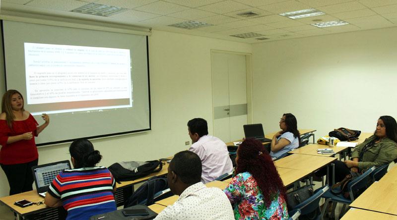 CLASES ESTUDIANTES ECUATORIANOS DOCTORADO EDUCACION-bajares