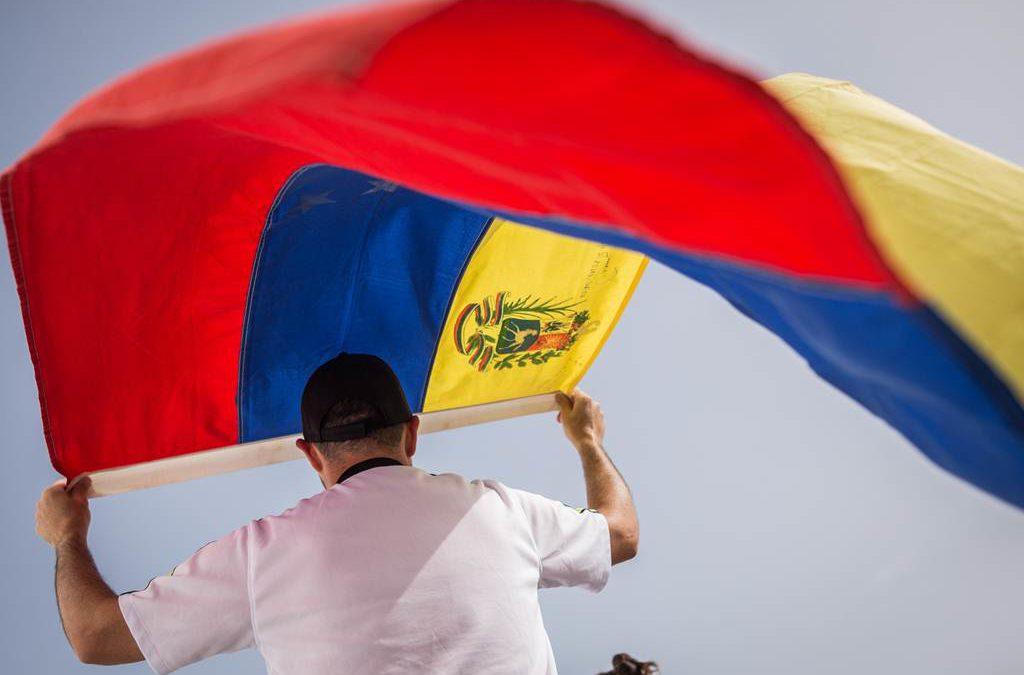 articulo-opinion-hennrique-capriles