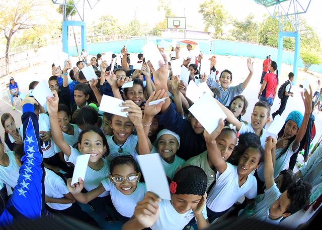Estudiantes con Tarjeta por la Paz