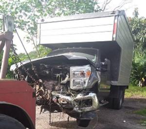 Camión-de-accidente-del-diputado-Leandro-Domínguez-1024x904