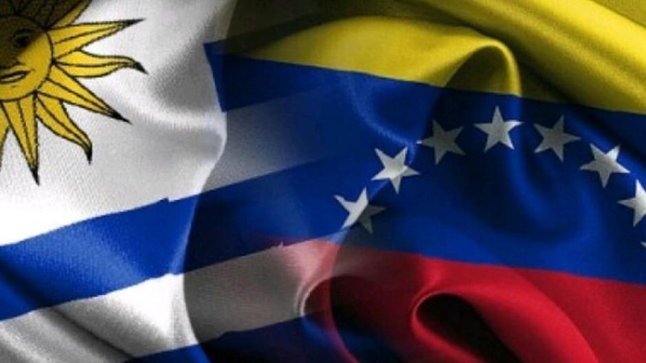 banderas-venezuela-y-uruguay