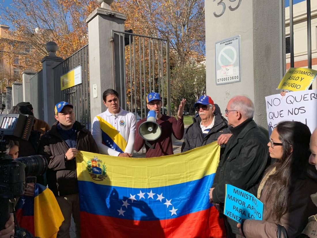 venezolanos se manifiestan en Madrid3